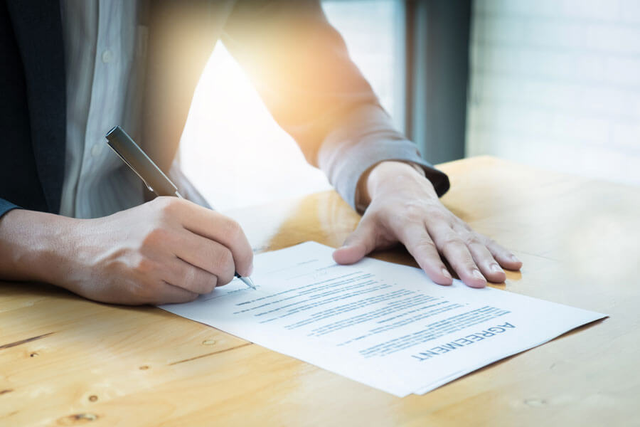 Signing Lease Personal Guarantee Form